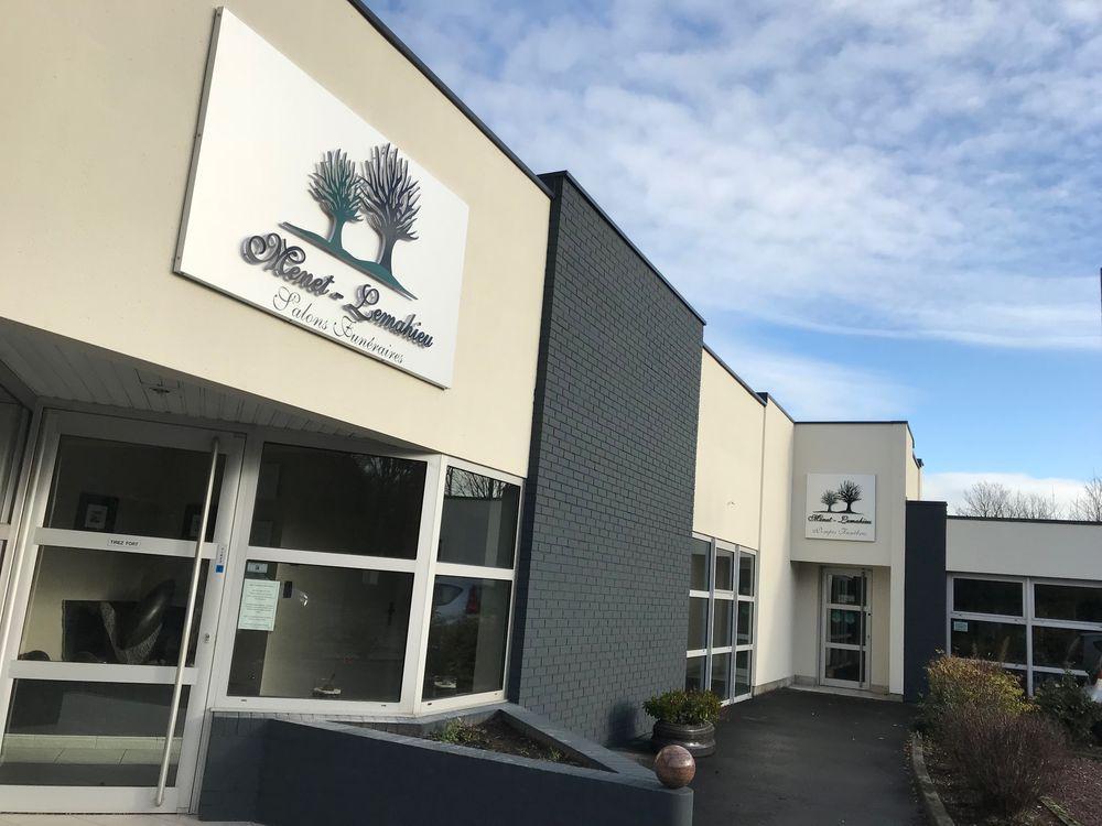 Enseignes lumineuses par AZCOM'PUB (Roncq)